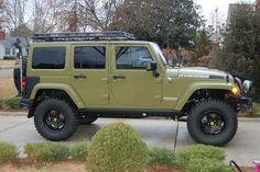 2013 Jeep Wrangler Unlimited Rubicon - Commando Green