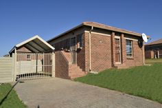 Thatch Hill Estate 2 and 3 Bedroom apartments in Alberton Rental Property, Property For Sale, 3 Bedroom Apartment, Property Development, Apartments, Mansions, House Styles, Home Decor, Decoration Home