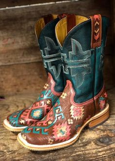 Tin Haul Women's Aztrina Multi Color Aztec Square Toe Western Boots 1371 Cowboy Boots Women, Cowgirl Boots, Riding Boots, Cowgirl Bling, Danse Country, Timberland Boots Outfit, Timberland Fashion, Anderson Bean Boots, Westerns