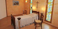 salon funéraire vitraux