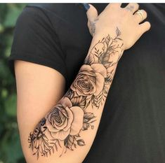 Do you also want a flower tattoo to show yourself? Check out the most beautiful flower tattoo we have prepared for you! We hope to give you the greatest inspiration. Forarm Tattoos, Girl Arm Tattoos, Dope Tattoos, Dream Tattoos, Girly Tattoos, Sleeve Tattoos For Women, Finger Tattoos, Body Art Tattoos, Small Tattoos