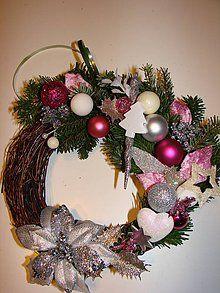 Dekorácie - Vianočný veniec na dvere(živá čečina) - 5652347_
