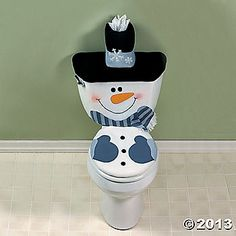 Here are the best Christmas Bathroom Decors ideas and inspirations. These Bathroom decorations for Christmas are cheap & inexpensive DIY Decor ideas. Noel Christmas, Winter Christmas, Christmas Ornaments, Diy Ornaments, Christmas Projects, Holiday Crafts, Holiday Decor, Christmas Bathroom Decor, Christmas Kitchen