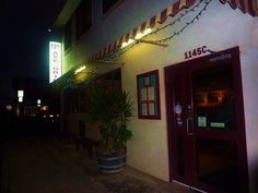 12th Avenue Grill, Kaimuki. The food is art, the ambiance modern, the staff fabulous!