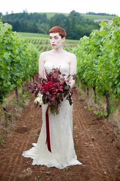 Sokol Blosser Vineyard Oregon Wedding Venue  Photography: Murray Photography - murrayphotography.net  Read More: http://www.stylemepretty.com/2014/04/29/romantic-vineyard-wedding-inspiration/