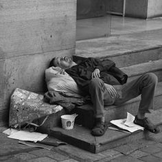 Some Great Pencil Drawings of Paul Cadden