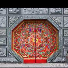 Chinese door in Beijing