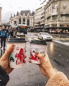 Image discovered by Find images and videos about style, perfect and coffee on We Heart It - the app to get lost in what you love. Christmas Feeling, Cozy Christmas, Christmas Baby, Christmas Photos, Christmas Time, Xmas, New Year Illustration, Chevy, Winter Magic
