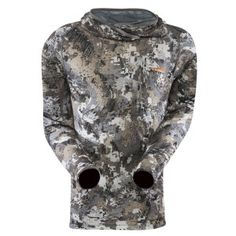 The Sitka Core Lt Wt Hoody Optifade Elevated II keeps you from shivering on long, frigid stakeouts, with lofted fleece insulation and a form-fitting hood for added warmth and concealment. The Permanent Polygiene Odor Control Innovation neutralizes smell by stopping the growth of odor-causing germs and fungi.
