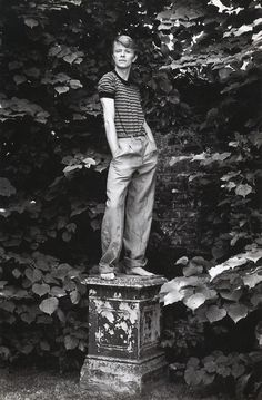 Love this photo of David Bowie.