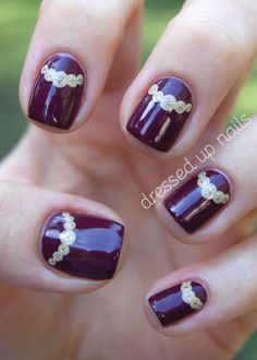 Theese nails kinda remind me of Hunger Games or something like that I'm sorry if I'm wrong