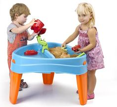 Play Island Sand and Water Table