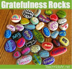 Gratefulness Rocks for Thanksgiving. Remind kids and students the importance of … Gratefulness Rocks for Thanksgiving. Remind kids and students the importance of Thanksgiving with this simple, yet fun learning activity. Rock Crafts, Fall Crafts, Holiday Crafts, Kids Crafts, Arts And Crafts, Summer Kid Crafts, Crafts Cheap, Summer Fun, Craft Projects