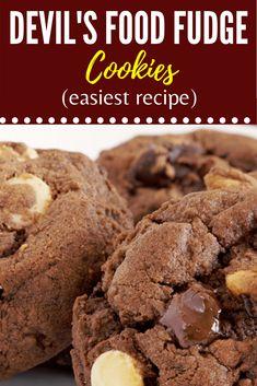 Turn your favorite cake mix box into warm, fudgy, chocolate chip cookies. Fudge Cookie Recipe, Fudge Cookies, Lemon Cookies, Cake Mix Cookies, Chocolate Chip Cookies, Cookie Recipes, Roll Cookies, Cookie Ideas, Chocolate Cake