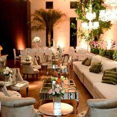 Lounge Márcia Locações e decoração feita por @andrebonesso #moveismarcialocacoes #alugueldemoveis #alugueldemobiliario #lounge #realizandosonhos