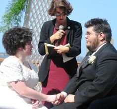 How to Become Ordained to Perform a Wedding
