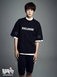 Jaehyun reminds me of Okada Masaki omg. Jaehyun Nct, Kim Jung Woo, Jung Yoon, Sm Rookies, Mark Lee, Jaehyun Smrookies, Smrookies Girl, Park Ji Sung, Boy Poses