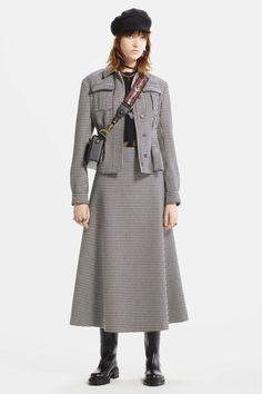 Christian Dior коллекция   Коллекции осень-зима 2017/2018   Париж   VOGUE