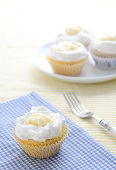 Spring Eats: Lemon-Blueberry Cupcakes with Egg-Free Lemon Curd and Lemon Whipped Cream Frosting