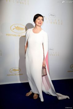 Isabella Rossellini (vestido & amp; eacute; e de Stella McCartney) - D & amp; CIRIM; ner d & # 039; apertura de la 68 ° Festival Internacional de Cine de Cannes 13 de película de mayo de, el año 2015 & amp; nbsp;