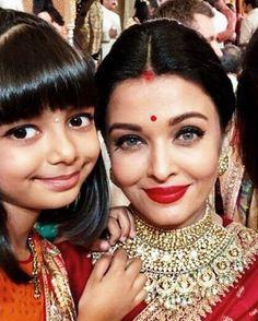 Bachchans look every bit royal as they add glamour to Isha Ambani's Wedding - HungryBoo Aishwarya Rai Cannes, Actress Aishwarya Rai, Aishwarya Rai Bachchan, Bollywood Actress, Bollywood Couples, Bollywood Stars, Bollywood Fashion, Beautiful Indian Actress, Beautiful Actresses