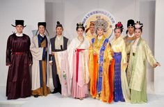 Models present the winning costumes in NTD Television's Third International Han Couture Design Competition. (Dai Bing/The Epoch Times)