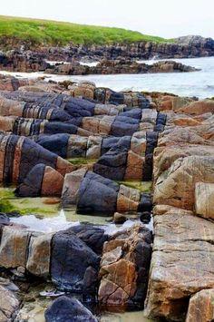 Hosta Beach rock formations - North Uist, Outer Hebrides, Scotland | Via Amazing Geologist