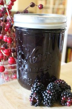 Jelly Recipes, Fruit Recipes, Sweet Recipes, Blackberry Jam Recipes, Blackberry Jelly Recipe With Pectin, Fruit Jelly Recipe, Seedless Blackberry Jam, Canning Blackberries, Canning Food Preservation