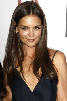 Katie Holmes hairstyle  Gorgeous... Lets see if I can grow out these layers