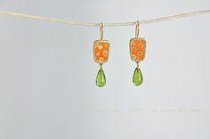 silver, peridot Schmuck Design, Peridot, Jewels, Earrings, How To Make, Color, Rhinestones, Ear Rings, Stud Earrings