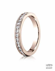 513550_R_tq #Benchmark #weddingring #diamonds