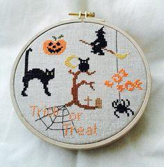 Décoration Halloween chat citrouille sorcière araignée