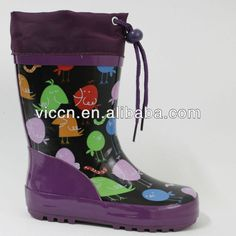 sepatu hujan