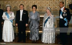 Lech Walesa and his wife Danuta Walesa pose with Queen Elizabeth ll, Queen Elizabeth, the Queen Mother and Prince Philip, Duke of Edinburgh before a banquet at Windsor Castle during a State Visit on April 23 1991 in Windsor, England.