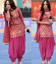 Latest Punjabi Suit Designs Patiala Pants, Punjabi Salwar Suits, Patiala Salwar, Plazo Kurti, Sharara, Designer Salwar Kameez, Designer Sarees, Designer Wear, Party Wear Lehenga