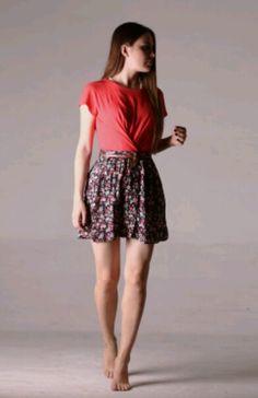 Selin Sezgin Wild Hunt, Monica Bellucci, Turkish Actors, Skater Skirt, Women's Fashion, Portrait, Skirts, Beautiful Women, Heels