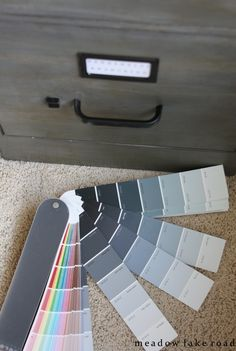 Tips for choosing the right paint color | www.meadowlakeroad.com