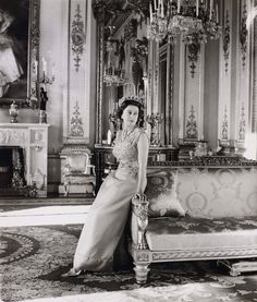From her coronation dress to her hats, the largest exhibition of the royal clothing reveals the whys and wherefores of what the queen wears.