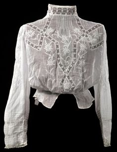 Reserved for Maria - Antique Edwardian Gibson Girl style pintucked shirtwaist… 1900s Fashion, Edwardian Fashion, Vogue Fashion, Girl Fashion, Vintage Fashion, Fashion Outfits, Womens Fashion, Vintage Vogue, Vintage Lace