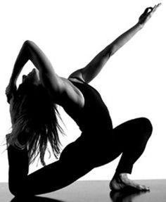 Google Image Result for http://3.bp.blogspot.com/_H71BoL3GVD0/SKLTeMZ-qOI/AAAAAAAAADY/2yYnXLkt46M/S624/yoga.jpg