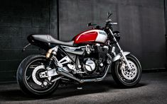 A garage for special motorcycles and cafe racers Ducati Monster 1000, Xjr 1300, Bmw 328, 1200 Custom, Custom Trikes, Bmw K100, Ultra Classic, Triumph, Motorbikes