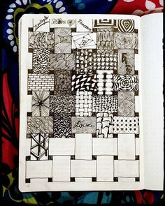 new Ideas for zentangle art dibujos lineas Doodles Zentangles, Zentangle Drawings, Doodle Drawings, Pencil Drawings, Doodle Art, Tangle Doodle, Zen Doodle, Doodle Patterns, Doodle Designs