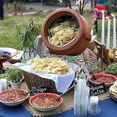 Ideas for a mexican birthday dinner fiesta rehearsal dinner party ideas pho Mexican Birthday Parties, Mexican Fiesta Party, Fiesta Theme Party, Taco Party, Mexican Dinner Party, Party Party, Mexican Fiesta Decorations, Party Snacks, Theme Parties