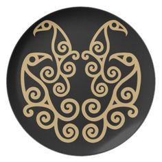 La Tene Artwork   Celtic La Tene style art design of 4 birds Dinner Plates