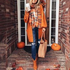Check out over 60 fall outfits 2018 with jeans or pants, to skirts and dresses. These casual outfits are sure to inspire you for autumn! Fall Outfits 2018, Mode Outfits, Fall Winter Outfits, Autumn Winter Fashion, Casual Outfits, Autumn Fall, Winter Clothes, Autumn Ideas, October Outfits