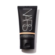 NARS Pure Radiant Tinted Moisturizer Broad Spectrum SPF 30 Finland