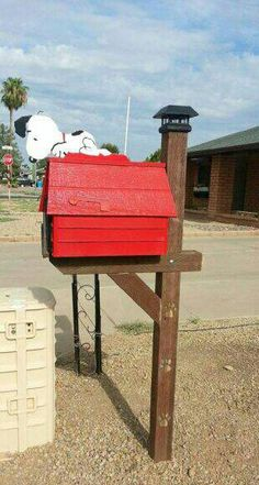 Funny mailbox designs and swans on pinterest for Funny mailboxes for sale