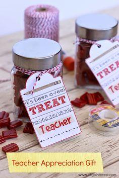 I Dig Pinterest: Teacher Appreciation Gift {Free Printable} & Kindle Giveaway!