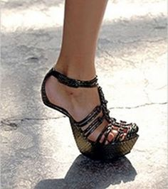 Los zapatos más raros del mundo: ¿sin tacón?
