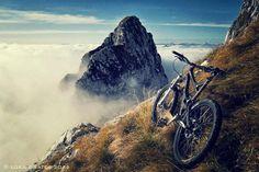 Mountain Biking. http:// WhatIsTheBestMountainBike.com